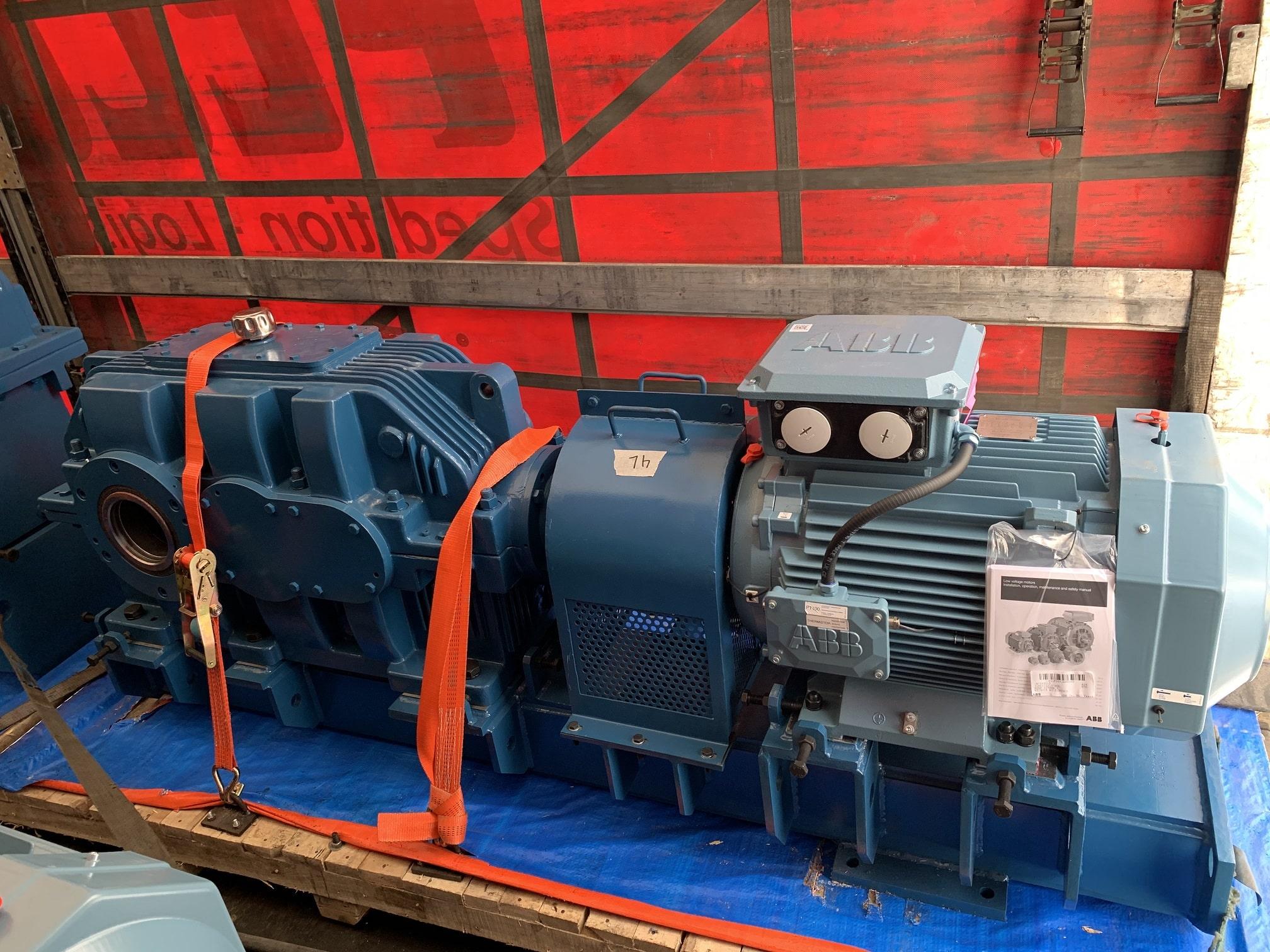 Электродвигатель ABB с редуктором Benzlers