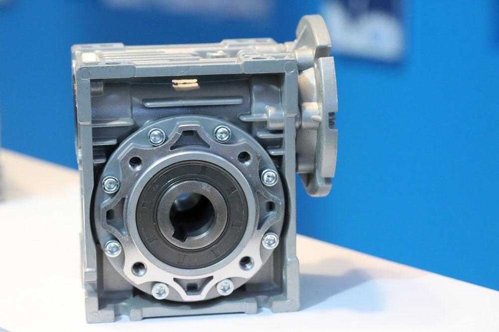 Червячный редуктор NMRV 025